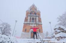 塞尔维亚的迷人冬季 泽蒙Zemun小镇是贝尔格莱德的一个新区,与老城区隔着萨瓦河,在美丽的多瑙河畔,