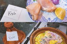当地体验 来摩洛哥一定要学做的塔吉锅   名称:Lotus Chef 地点:22,Fhal Zefr