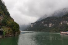 三峡大坝,三峡船闸,三峡水库,美丽的三峡,壮观的三峡,三峡大坝是世界上最大的大坝。年发电量可满足一个