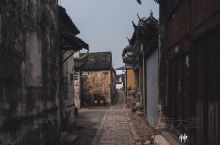 """#苏州历史地理人文美食#09:甪直古镇  甪直号称""""神州水乡第一镇"""",规模其实并不是太大,名气也比不"""