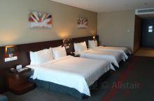 沙巴亚庇阁蓝帝酒店 酒店紧邻亚庇商场,步行到加雅街、哲斯顿码头也就五六分钟~