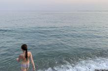 南法尼斯的日落确实没啥感觉……石子的海滩类似花莲七星潭