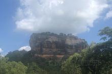狮子岩上超级美因为是中午去的没看上有些遗憾