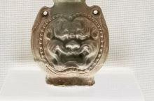 邯郸博物馆的藏品虽然谈不上惊艳,但也有些让人眼前一亮的好物件。图一至图九~~青釉兽面双系扁壶、青铜马