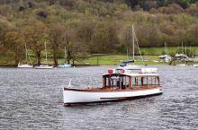 乡村度假胜地…… 位于英格兰西北部的「温德米尔湖」国家公园,是英国15个国家级公园里最受欢迎的乡村度