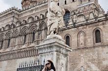 意大利西西里首府巴勒莫(Palermo),位于西西里岛西北部港城。西西里岛位于亚平宁半岛的西南,靠第