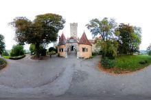 欧洲大陆上的婉约-城堡花园  在欧洲,每个城堡附近都会连着一个花园,而这次去的城堡花园,就在罗腾堡的