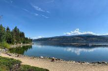 居然还有这样一个不为人知的小众景点,值得一去 在加拿大基洛纳有一个度假景点,那就是欧肯纳根湖了,这是