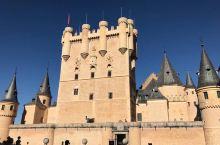 到了塞哥维亚才知道童话里的城堡是一个真实的存在。