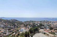 马赛港:地中海沿线五大港之一(巴塞罗那,热那亚)!普罗旺斯AIX小镇:公园前128年古罗马人建设,梧