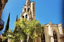 让人流连忘返的风格多样的欧式建筑,你值得拥有 就在教堂看起来还是非常的双眼,顺路的,它主要的颜色采用