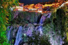 挂在瀑布下的千年古镇!芙蓉镇