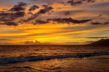 费尔蒙的日落海滩还是很漂亮的