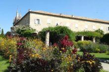 美丽惊艳的纯洁爱情圣地——席米埃圣母修道院  法国尼斯的席米埃圣母修道院是法国最古老的教堂,位于老城