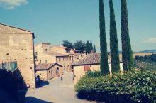 厨师Matteo私房菜馆。在托斯卡纳(Tuscany)旅行期间,我们住进了厨师Matteo的家。主人