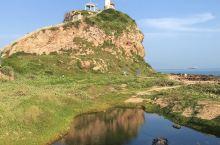 鱼鳞洲·差点被日军炸光的山丘 当年日军要建码头, 盯上了鱼鳞洲的石头, 于是炸山采石, 肢解了那里,