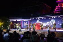 肇兴侗寨:春晚分会场,每晚都有一场免费的歌舞表演,通过演绎一个凄美伤感的爱情故事,展示不同的侗族文化
