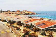 蒙塔扎宫紧紧依偎着地中海,周围被美丽的园林围绕,以前是皇室的避暑胜地。蒙塔扎宫风景优美,环境清幽。蒙