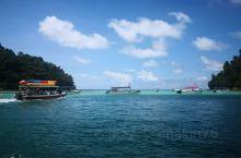 沙比岛旁边的一个小岛,浮潜还可以,好多海胆,密密麻麻有点吓人……