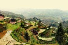地处桂湘黔三省区边界的三江县独侗乡林略村是一个游人罕至的偏僻山村,这里的梯田虽然不比龙脊然而却有难得