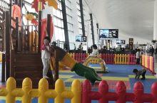 T2航站楼候机大厅配备的儿童游乐区,方便带孩子得旅客等待