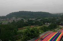 来广西灵山必去的网红打卡地 听说灵山又新增了一个好玩的地方,周末带着一家人来到了灵山,先入住了服务口
