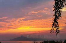 """文昌湖原名""""萌山水库"""",坐落于淄博市文昌湖旅游度假区内,是山东省淄博市境内的一座中型水库,位于淄博市"""