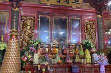 晉江安海龍山寺 百年歷史古蹟 值得一看 它的分寺 在台北市萬華及彰化縣鹿港鎮 都有不同的建造 台北的