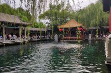 济南,山东省省会,小学在老舍笔下了解了趵突泉,心想总有一天要去看一看,后来全国热播的《还珠格格》里的