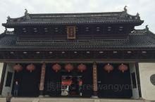 江阴市的悟空寺 最大的特色千手观音 估计真的有千手 数都数不过来