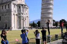 比萨斜塔怎么拍?!看他们就够了!  意大利 比萨斜塔  修建于1173年,它由著名建筑师那诺·皮萨诺
