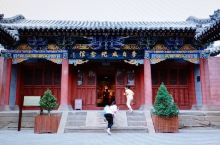 李自成纪念馆在李自成行宫内,以图片和实物介绍闯王李自成的一生,馆内的实物皆为仿制品。 李自成行宫