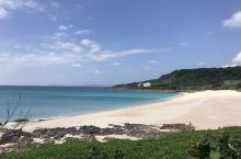 贝壳含量最高的沙滩,虽然现在已经被保护起来禁出入了,但可以到展示馆去触摸下贝壳沙。沙滩旁边有一片珊瑚