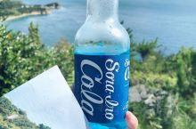 蓝天蓝可乐蓝海 地中美术馆的露天咖啡处 大自然的美无与伦比