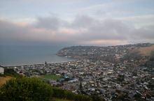 基督城,南岛的明珠,和欧洲,美加的城市相比,更像一个散落在太平洋的遗珠。有欧美文化的影子,也有自己独
