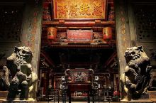 淡水龙山寺的清新净化之行  说起这一次旅行,还是充满回忆的。之所以这样说,是因为这是我第一次和父母一