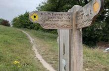 英国 的伊斯特本走起来 伊斯特本的比奇角,是当地推荐,一般自由行游客打卡的地方,为了打卡这个比奇角美