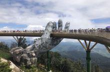 巴拿山上的佛手桥,也算是网红地打卡一波!