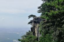 李白【望庐山瀑布】描写的地方不是三叠泉哟  五老峰观日出  三叠泉遇彩虹   飞流直下三千尺的是在秀