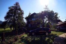 虽然今天温度有点很低(9-15度),但至少开始出太阳了!很多当地人都推荐我去隔壁的波希涅 (Bohi