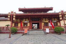 国庆假期返京途中路过许昌,参观游览了一下曹丞相府及曹魏古城。感觉悠久的历史底蕴并没有被很好的开发出来