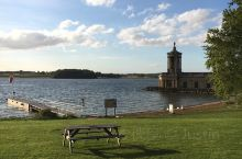 Rutland Water真是怎么拍都美,完全不需要滤镜 位于莱斯特城西的一处人工湖,完全看不出人工