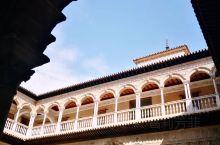 塞维利亚王宫,欧洲最古老的皇家宫殿,世界文化遗产,建于1181年,持续营建时间长达500年,曾先后作