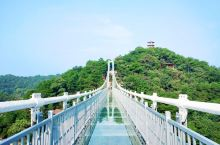 刺激心跳石燕湖!秋日更多精彩玩不停!  石燕湖高空玻璃桥长200米,垂直高度达100米青山、碧水与全