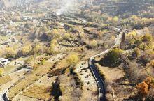 """秘境中路藏寨!  中路藏寨是丹巴最古老的村落之一,""""中路""""意为""""人神向往的好地方""""。中路藏寨非常宁静"""