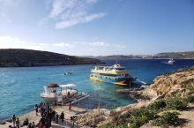 【马耳他.蓝泻湖】 马耳他号称有全世界最清澈的海水,以其壮美的海洋胜景闻名于世,而其中的三篮美景:蓝