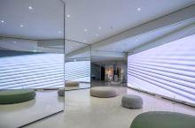 晚上入住了维斯塔华克山庄首尔,这家酒店不单纯只是住宿,它也有专业的健康及营养管理的项目,可根据本人的