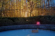 冬季游安吉,其实也很有意思啊。传说中的避暑圣地,冬天的景色也不错。而且,酒店的温泉好少人,独占了更衣