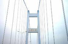 """过去有""""四渡赤水"""",如今我在4天时间里我4次跨越长江。途径润扬大桥,泰州大桥和江阴大桥。也创下了我的"""