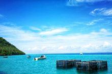 仙本那,原本只是马来西亚沙巴州斗湖市的一个县的一座小渔村,甚至在地图上都寻不到它,现在已逐渐发展成了
